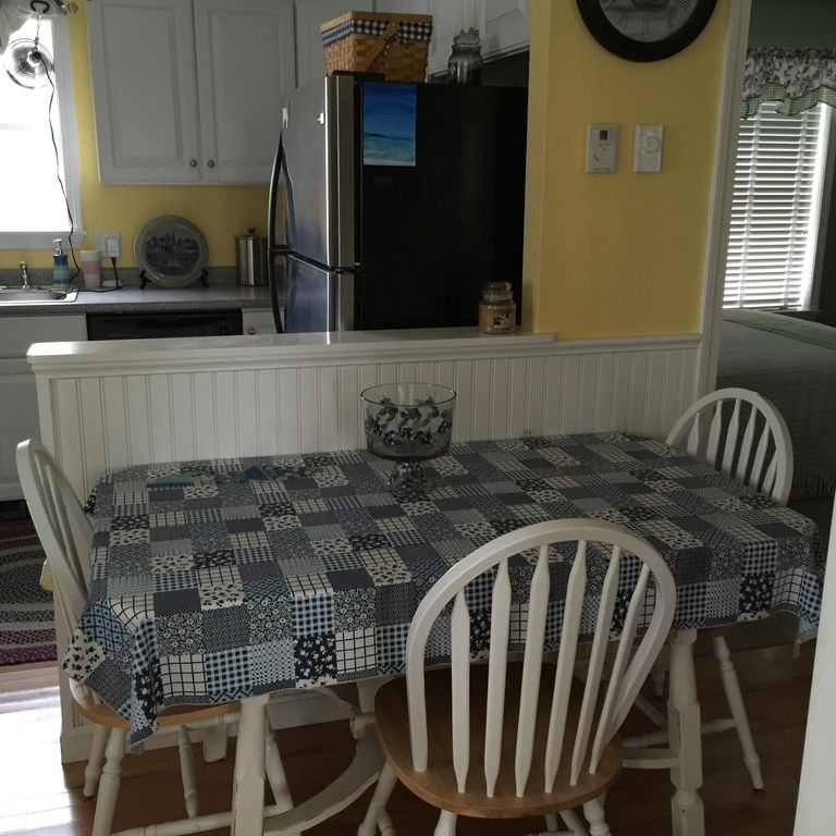 Dream Kitchen Rockland Maine: Second Floor Condo At Beach Dreams With Great Location!: 2