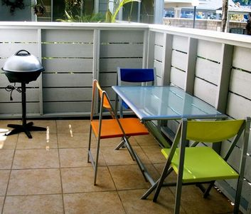 Tiled East Patio With Picnic Table & BBQ