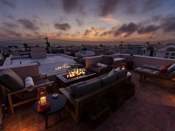 Ocean View Roof Top 'Living Room' @ Sunset w Fire Pit & Custom Teak Furniture