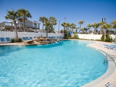 Enjoy one of the 5 pools that Majestic Beach Towers has to offer