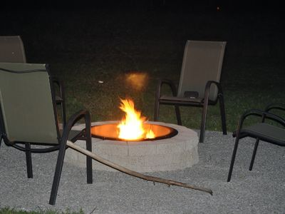 Enjoy the private firepit. Wood provided.