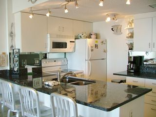 Fort Morgan condo photo - This kitchen has everything you can think of!