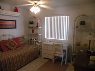 Lake Havasu City house photo - Back bedroom with trundle bed and internet connection