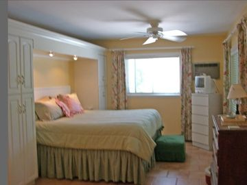 1st fl. master bedroom & bath in private WING!