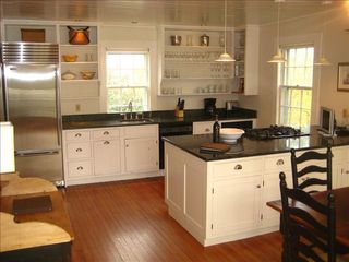 Washington cottage photo - Fully-equipped kitchen
