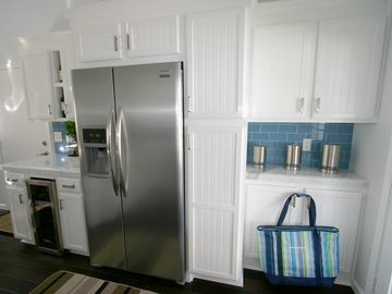 Lots of counters and closet space. We even have a wine cooler.