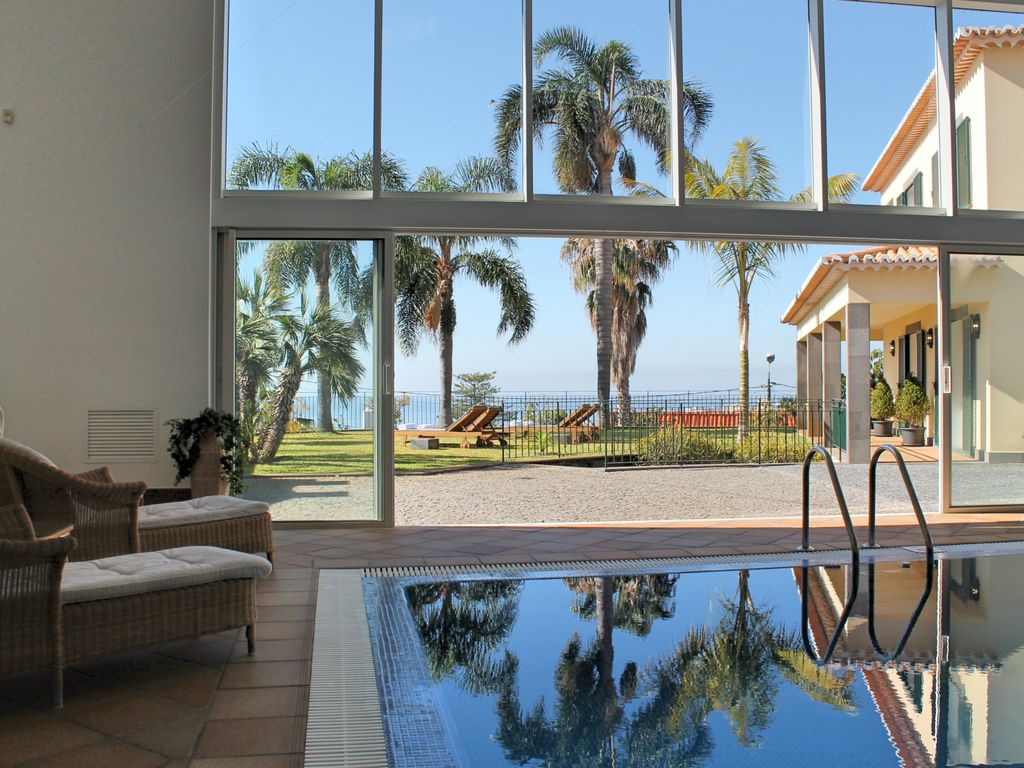 Luxury accommodation, with pool , Funchal