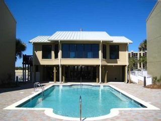 Perdido Key condo photo - Gulfside Pool and Clubhouse!