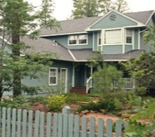 Pinetop chateau / country house rental - Victorian House