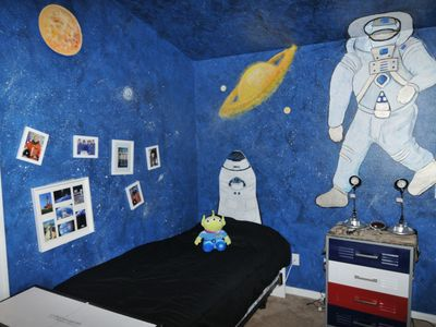 The Space Shuttle Bed