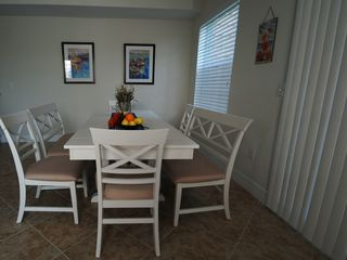 Tampa townhome photo - Dining area for 8