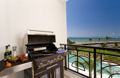 Balcony with gas Bar B Que