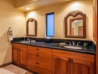 Kailua Kona house photo - 2nd Master Suite bath with double sinks and granite counter top.
