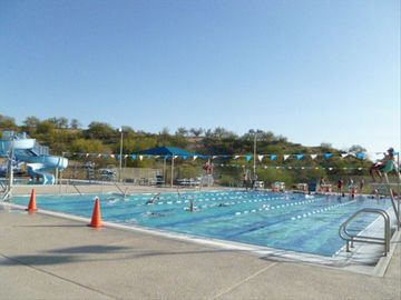 YMCA Community lap pool - within walking distance