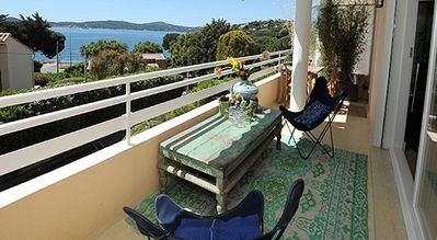 Comfortable, luxurious and tastefully furnished apartment for 4 people at 100 meters from the beach.