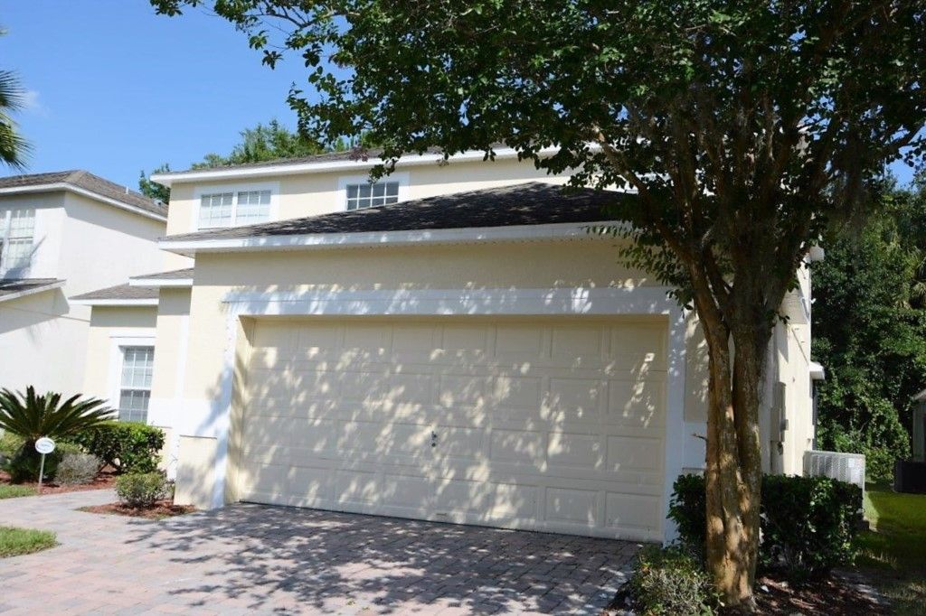 HUGE 6 Bedroom Orlando/Kissimmee Vacation Home w/ 3 Master Suites, Conservation View and Games Room!