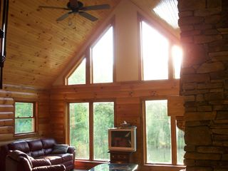 Athens - Sleepy Hollow Lake cabin photo - Large open living room