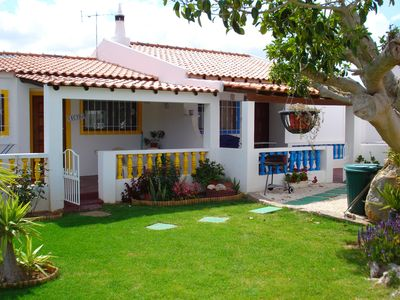 Lovely rustic cottages with pool in Lagos, sleeps 4, 10 min from beach and town - Blue Cottage Mito