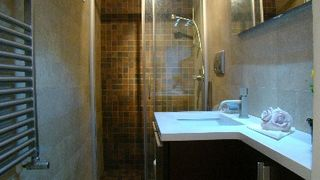 Termini area (Modern Centre) apartment photo - bathroom
