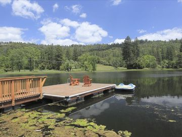 Oakhurst lodge rental - Another great view of the large lake full of fish