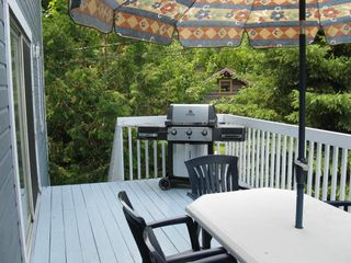Mont Tremblant townhome photo - Deck with seating for 8 and gas BBQ