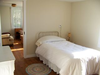 Lost River farmhouse photo - Downstairs bedroom