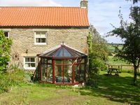 THE GRANARY, pet friendly, with a garden in Lanchester, Ref 892