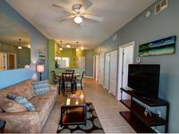 Stunning Sunsets In A 2 Bd/2 Ba Condo On The Gulf!
