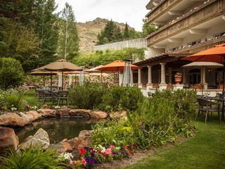 Sun Valley hotel photo - Outdoor seating at The Grill