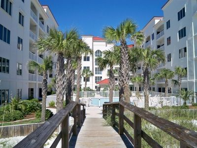 Palm Beach Condominium located on the Gulf of Mexico