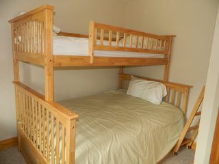 Carrabassett Valley condo photo - Perfect bedroom for the kids. Tri bunk and a single. Sleep 4 in this room.