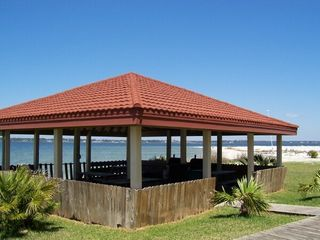 Navarre Beach condo photo - Soundside Pavillion w/Barbq Grills Cool Breezes!