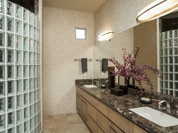 Luxurious en suite
