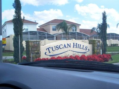 Tuscan Hills Community Entrance