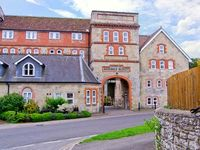 THE OLD BREWERY, country holiday cottage in Tisbury, Ref 18954