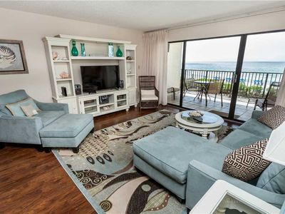 Stunning Living Room Furnishings And Upgraded Kitchen Unit With Ocean View