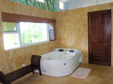 Main Villa master bath 2 person Jacuzzi