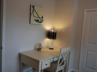 Guest Cottages townhome photo - computer-study desk