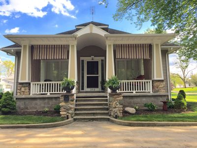 Charm Bungalow Close To Lake, Town & Culver Academy