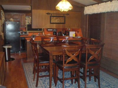 Dining Room, Table for 8