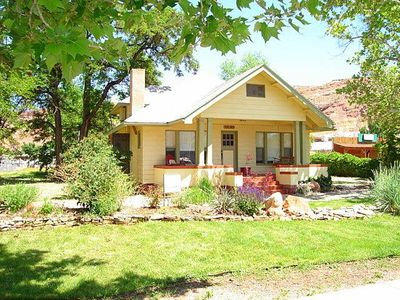 Old Town Bungalow: 3 BR / 1 BA stand alone home in Moab, Sleeps 6