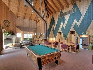 Carnelian Bay townhome photo - Lodge w/pool table and saunas