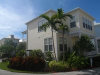 4 Bedroom House In Anglers Reef, Includes 31' Boat Slip