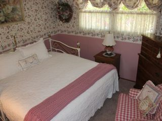Fallbrook house photo - Guest Bedroom with King size bed or can be made into a Daybed with trundle