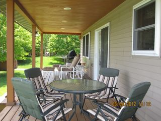 Munising cottage photo - Lindberg's Landing 4 bedroom/2 bathroom lakeside cottage - good fishing!