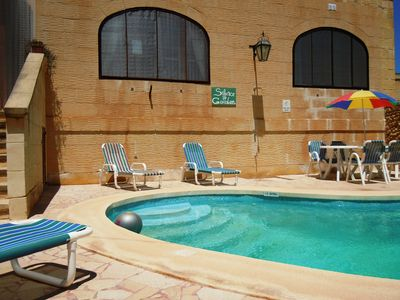 Gharb house rental - CIPRESSA holiday house pool area