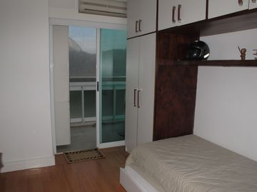 2nd BEDROOM W/ BALCONY AND JARDIM BOTANICO VIEW