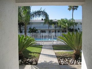 Cocoa Beach townhome photo - Private Entrance into the Courtyard.