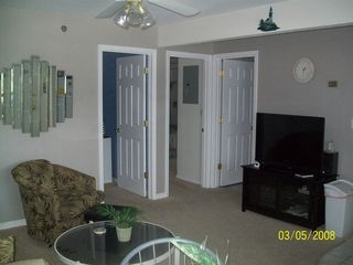 Lake Ozark condo photo - Livingroom