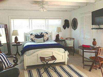 Cottage Is All New & Charming, Steps to the Beach.